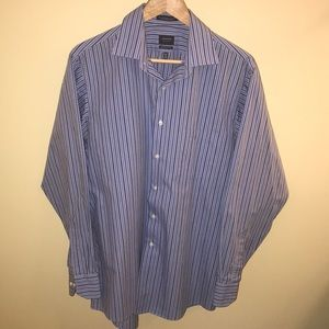 Arrow button down. shades of blue on light blue